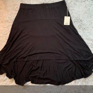 NWT Black High Low Skirt L